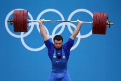 06_08_2012_weightlifting_149916487_hd
