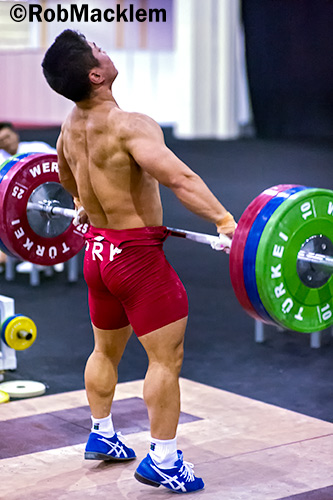 Elite weightlifters sport lots of muscle mass. Such muscle mass usually does not come from singles work but from GPP work. Credit : Rob Macklem