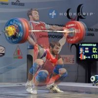 Apti-Aukhadov-85kg-Russia-pulling-under-a-173kg-snatch-at-the-2013-Europeans-last-April-in-Albania.